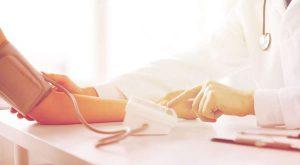 preeclamptic-women-measure-blood-pressure